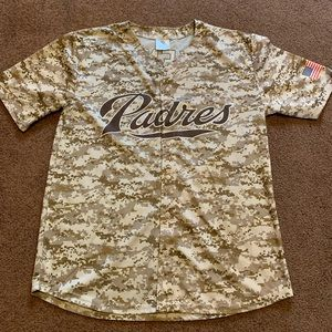 Camo San Diego Padres jersey